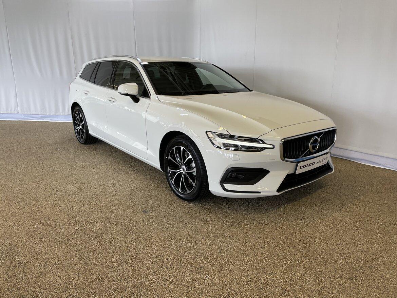 Volvo V60 Momentum Vit