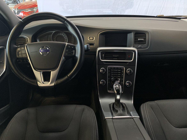 Volvo V60 Kinetic, Classic