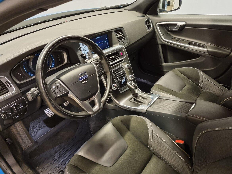 Volvo S60 Momentum, R-Design