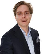 KARL BÄCK - Personlig Bilförsäljare
