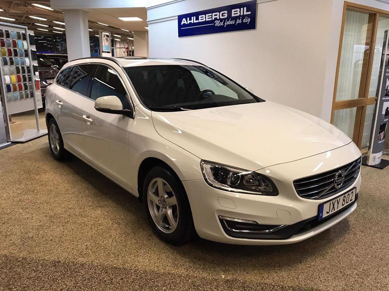 Volvo V60 D3 Business Edition (Momentum+Teknikpkt) Vit