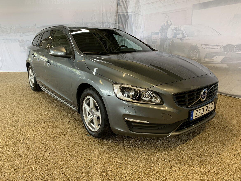 Volvo V60 Kinetic, Classic Grå