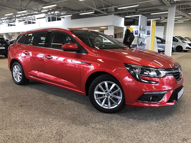 Renault   Röd