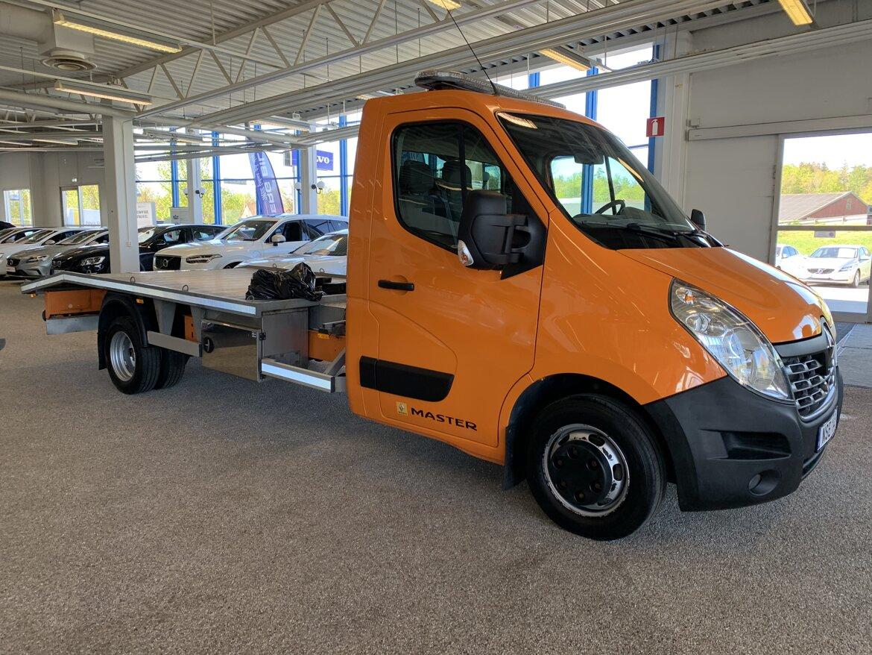 Renault Master  Orange