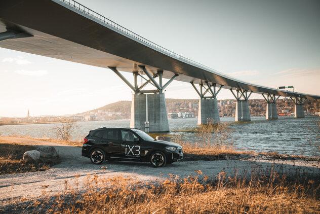 Nya BMW iX3 är äntligen här