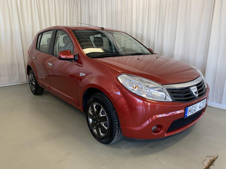 Dacia Sandero  Röd