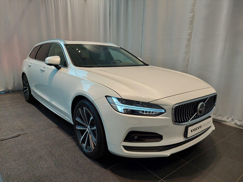 Volvo V90 Momentum Vit