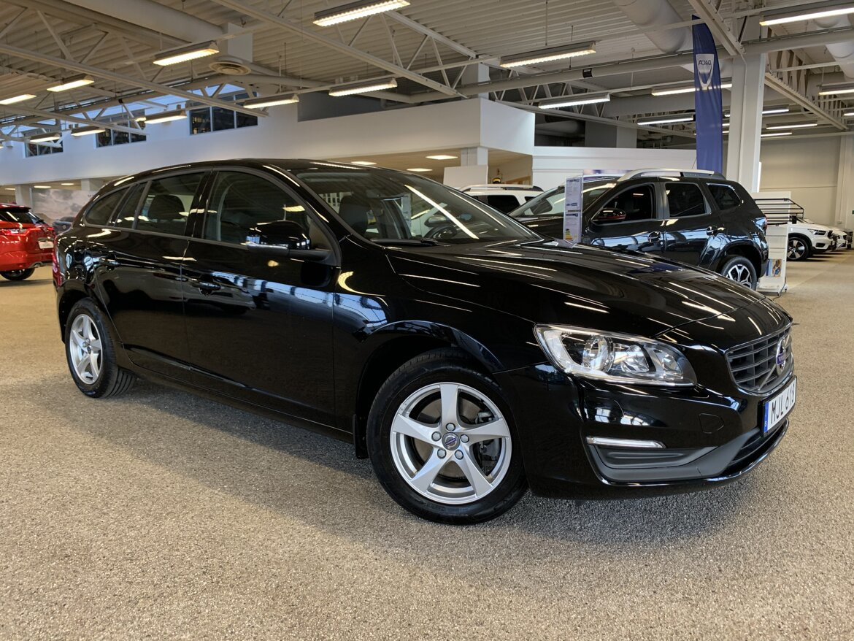 Volvo V60 Kinetic, Classic Svart